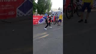 Двукратный чемпион Европы по футбольному фристайлу Lukasz Chwieduk @lukipoland  Крутой чел в Украине