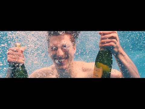 alt-J - Left Hand Free (Official Video) 2