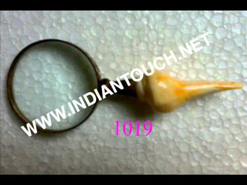 MAGNIFYING GLASS WITH BONE HANDLE-INDIAN TOUCH