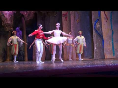Балет Щелкунчик. Имперский балет в Симферополе фрагм.2