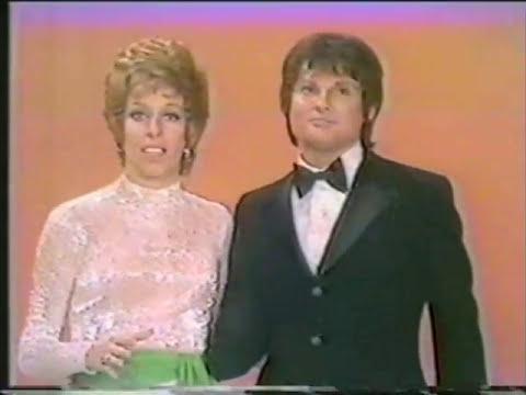 JIM BAILEY sings Barbra Streisand on Carol Burnett ''Dont rain on my parade''