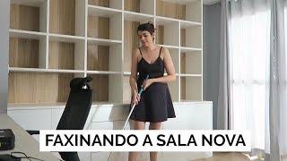 FAXINANDO A SALA NOVA | Vlog #90 | #liatododia | Lia Camargo