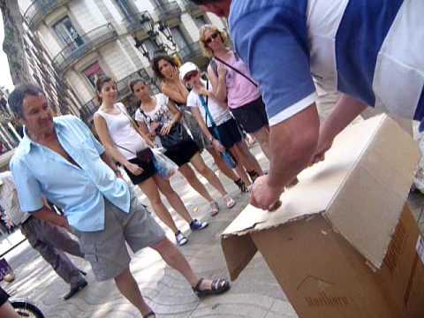 Street scam in Barcelona
