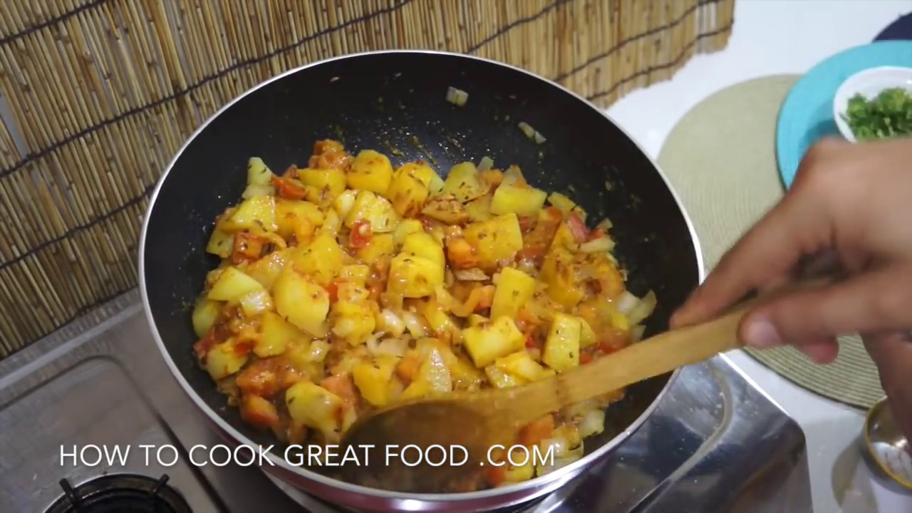 Easy indian potato curry recipe vegan aloo masala youtube forumfinder Images