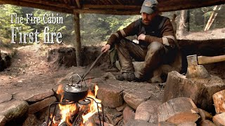 Fire Cabin - Bushcraft build with hand tools. Fire place with air duct.