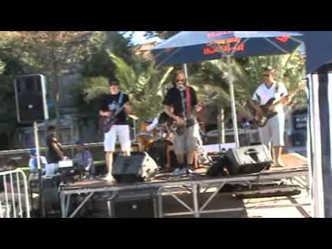 F.u.darling : palm canyon drive , festival urban legend 2011 a Montauban.wmv
