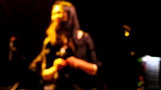 Sway (live) - Bic Runga