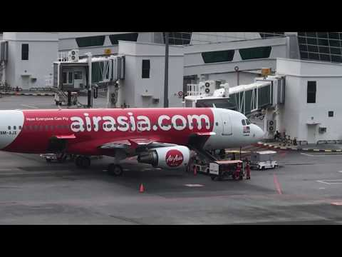 How to fly Air Asia air craft on Air port
