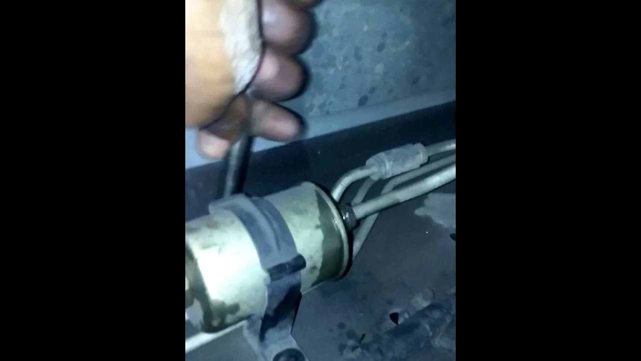 Chevrolet Suburban fuel filter replacet - YouTube