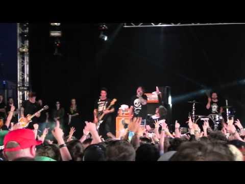 Beartooth - In Between - Live @ Download Festival 2015 - 12/06/2015 : Good Audio