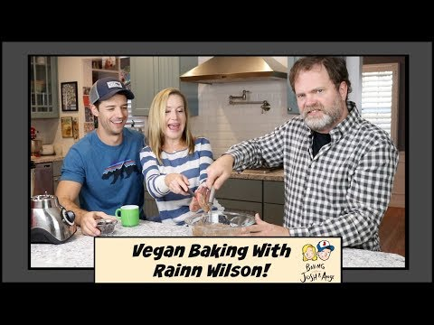 Baking Vegan With Rainn Wilson!