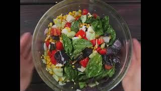 Сегодня быстрый и вкусный овощной салат 🌽🍅🧀