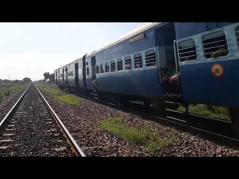 12404/jaipur-allahabad-sf-express