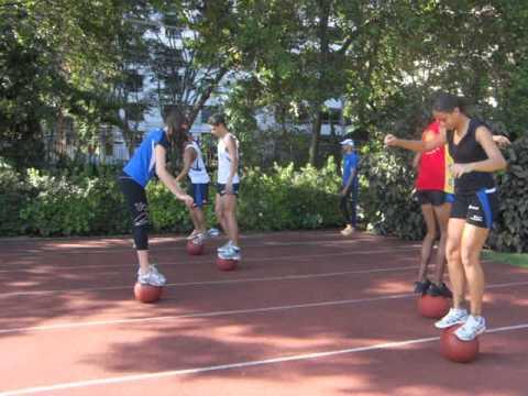 Atletismo - aquecimento com bola