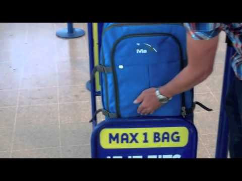 Ryanair Cabin Luggage Gauge Test With Cabin Max Youtube