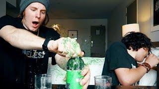 Let's Drink - FLASCHE EXPLODIERT! | ungespielt