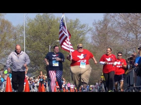 The Inspirational Story of a 545-Pound Man Running 5K Races Like There's No Tomorrow