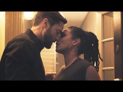 New Amsterdam 3x14 / Kiss Scene — Max and Helen (Ryan Eggold and Freema Agyeman)