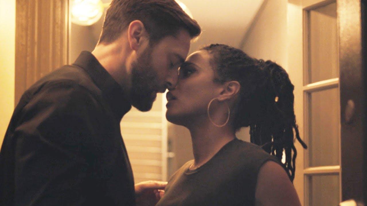 Download New Amsterdam 3x14 / Kiss Scene — Max and Helen (Ryan Eggold and Freema Agyeman)