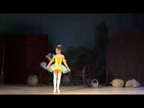 """Детский балет """"Дюймовочка"""". Мышь, Крот и Дюймовочка"""