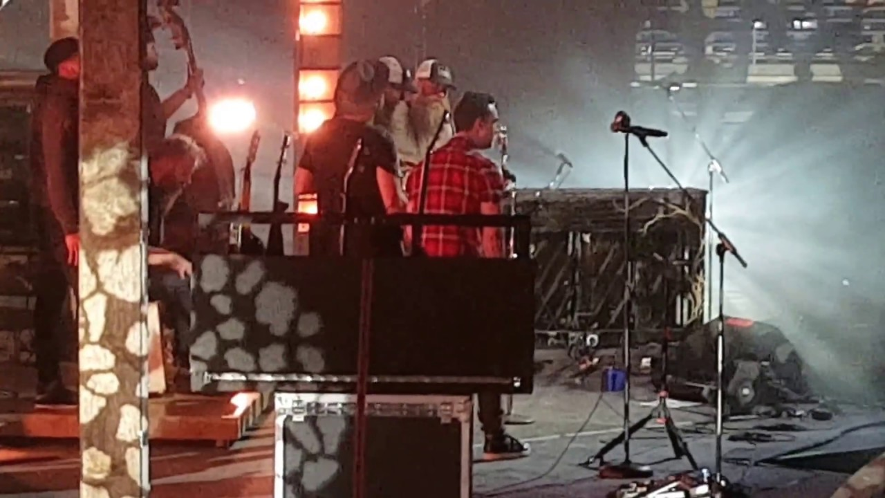 crowder-how-he-loves-live-at-winter-jam-skillet-is-awesome