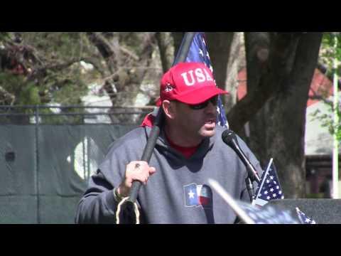 Based Stickman / Kyle Chapman gives surprise speech to Sacramento Trump Rally!