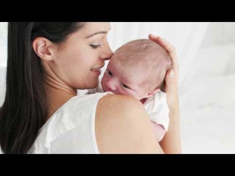 Почему малыш срыгивает? 6 причин Объясняет врач