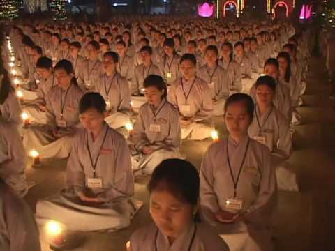 Đêm Hoa Đang Lễ Vía Phật A Di Đà Tại Chùa Hoằng Pháp 6/8