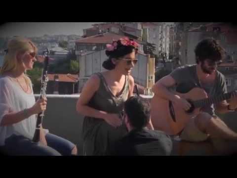 İrem Derici - Bir miyiz (Best Fm Akustik)