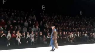 Смотреть видео DJ ANDREY NASH ШОУ БИЗНЕС МОСКВА Mercedes Benz Fashion Week Russia  Показ дизайнера VADIM MERLIS 3 онлайн