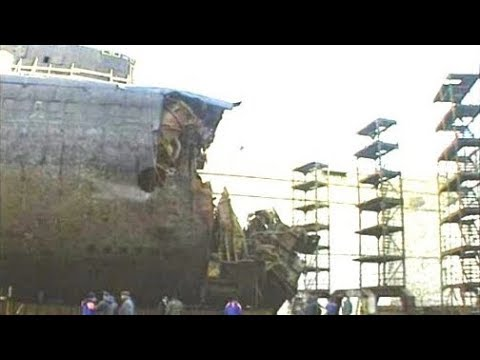 Курск - подводная лодка в мутной воде (док. фильм)