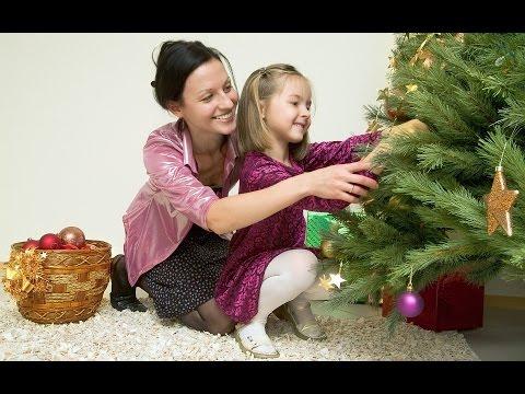 Ролик Во многом елка литая Царская даже лучше натурального дерева