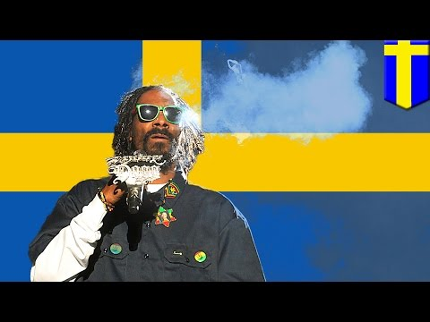 Snoop Dogg arrested in Sweden, forced to pee in cup for weed test by Swedish cops - TomoNews