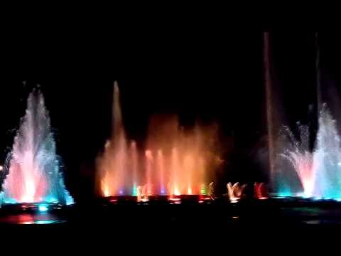 Amazing Light and Water Fountain show must see! in Jaipur, India.