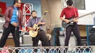 Download Video Bento - Klik band juara 1 festival band Indramayu 2016 MP3 3GP MP4
