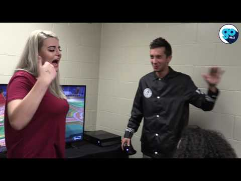 Twenty One Pilots plays video games with fans