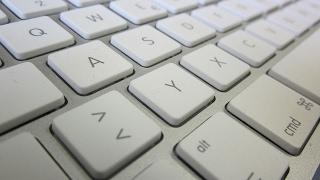 [RESOLVIDO] Configurar teclado e remover falhas de acentuação, cedilha, pontos, etc...