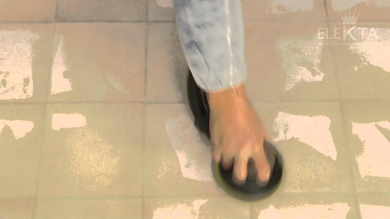 Preparazione supporto pavimento in piastrelle fuga larga doppia