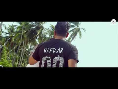 Download Gall Goriye - official music video Raftaar ft. Muninder butter  janni