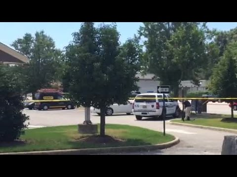 Video: Police investigate robbery at Newport News Wells Fargo