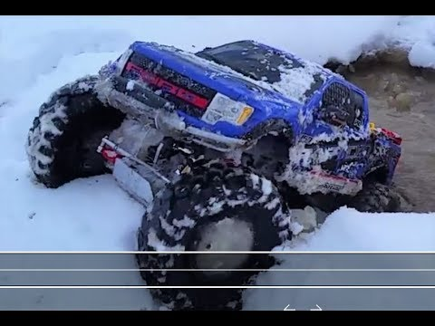 AMAZING INFLATABLE TIRES!!! --  1/6th RC F-150 Raptor ClodBuster --  Conquering SNOW & Deep WATER!!