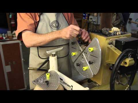 A Look at the Four-Jaw Scroll Chuck from Easy Wood Tools