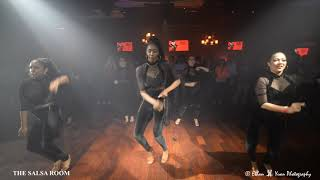 ALEX & DESIREE LADIES Bachata Dance Performance @ THE SALSA ROOM