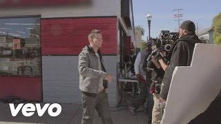 Repeat youtube video Chris Rene - Behind The Scenes of Young Homie