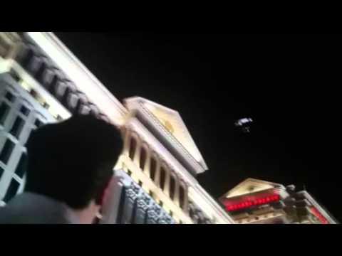 LESLIE CHOW !!! extrait de Very Bad Trip 3 poster