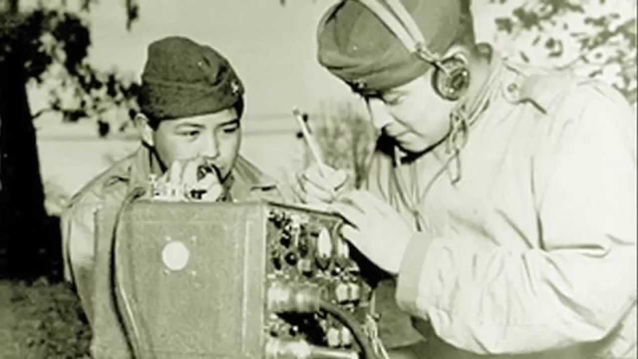 navajo code talkers of world war Profile of army code talkers during world war ii the army and marine corps used a group of 24 navajo code talkers in the pacific theater.