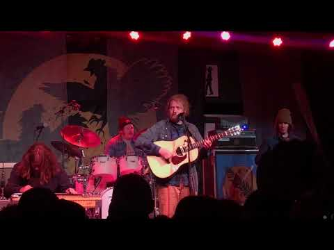 "Tyler Childers - ""Whitehouse Road"" 04/07/2018 @ Floore's, Helotes, Texas"