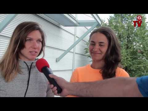 Tennis Monica Niculescu and Simona Halep in Montreal