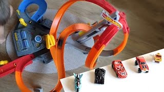 5 машинок Хот Вилс, испытания на треке Мощный Вихрь. 5 Hot Wheels cars unboxing, track Spin Storm
