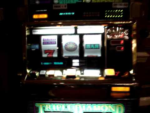 $100 slot machine